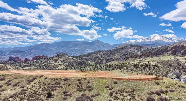 Photo of home for sale at 2589 Lyons View Point, Colorado Springs CO