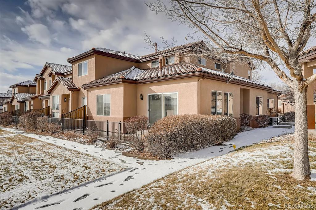 Photo of home for sale at 4538 Atchison Way S, Aurora CO