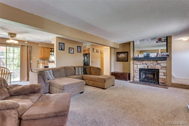 Photo of home for sale at 4079 Richfield Way South, Aurora CO