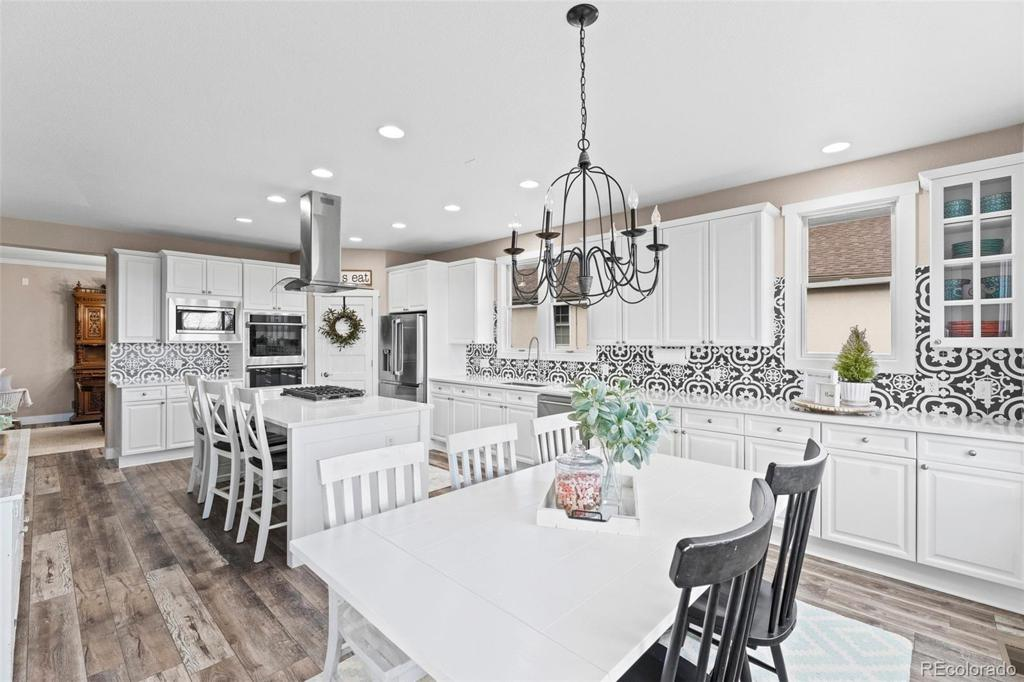 Photo of home for sale at 6780 Quail Lane S, Littleton CO
