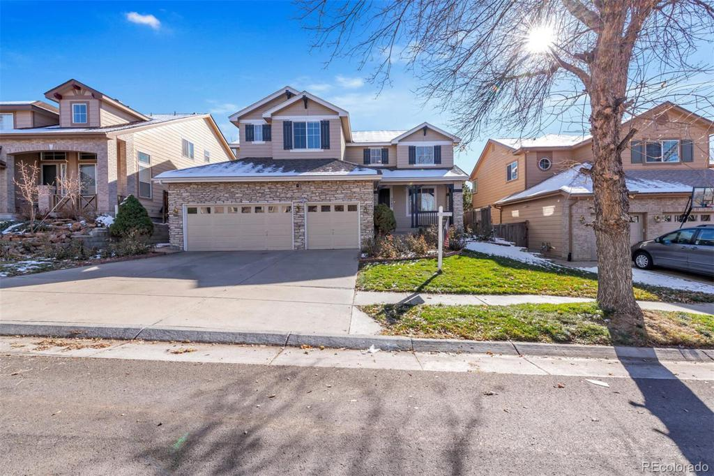 Photo of home for sale at 5762 Lamar Lane S, Littleton CO