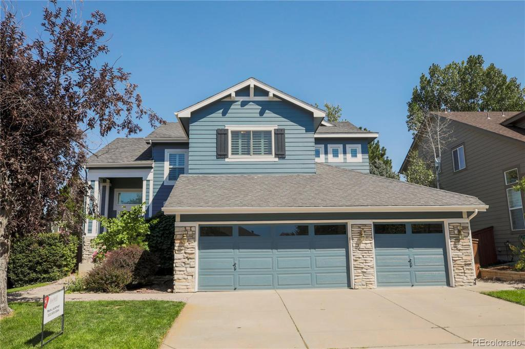 Photo of home for sale at 10198 Kleinbrook Way, Highlands Ranch CO
