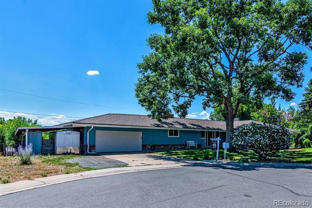 Photo of home for sale at 3400 Vivian Court, Wheat Ridge CO