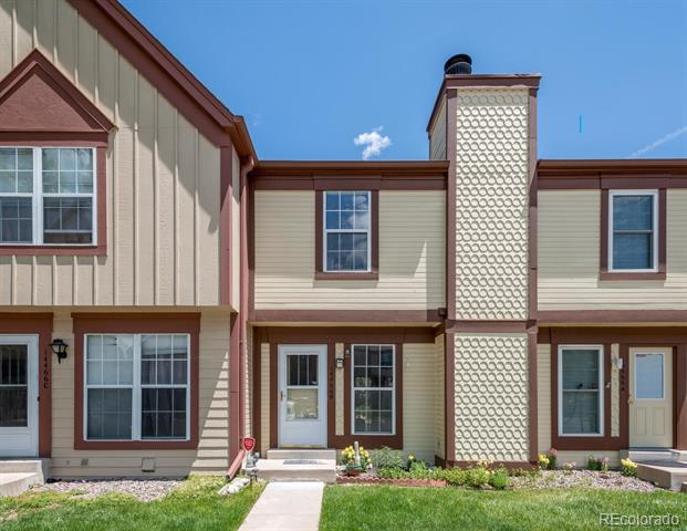 Photo of home for sale at 14466 Hawaii Circle E, Aurora CO