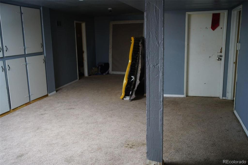 Photo of home for sale at 205 Fenton Street S, Lakewood CO