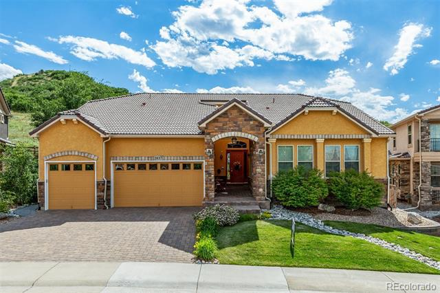 Photo of home for sale at 2037 Avery Way, Castle Rock CO