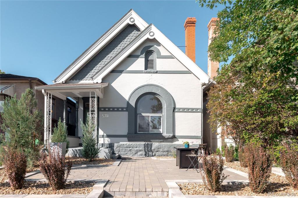 Photo of home for sale at 2837 36th Avenue W, Denver CO