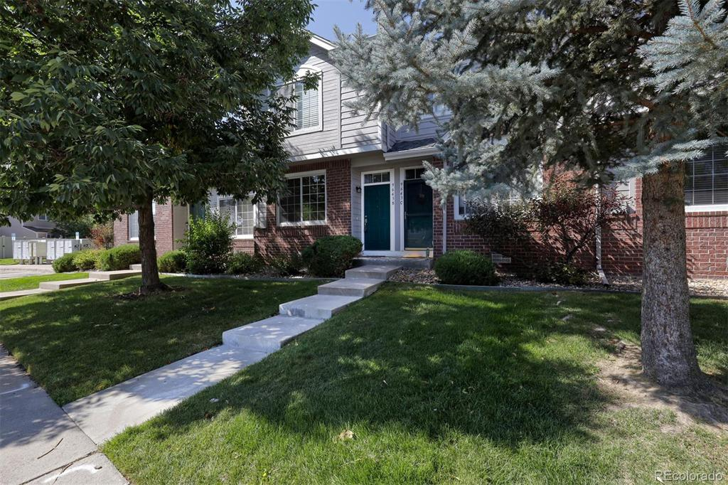 Photo of home for sale at 9643 Chatfield Avenue W, Littleton CO