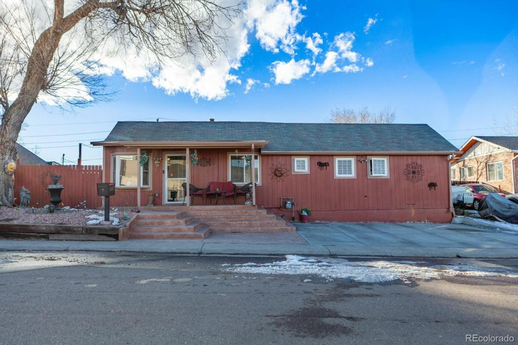 Photo of home for sale at 2039 Elati Street S, Denver CO