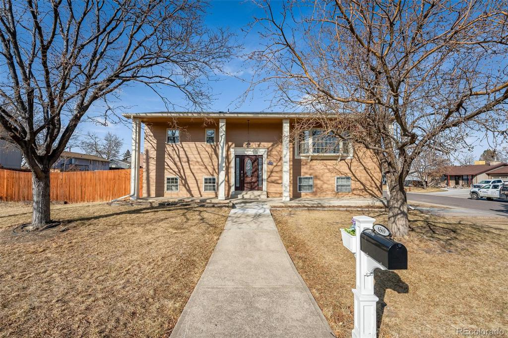 Photo of home for sale at 6569 68th Avenue W, Arvada CO