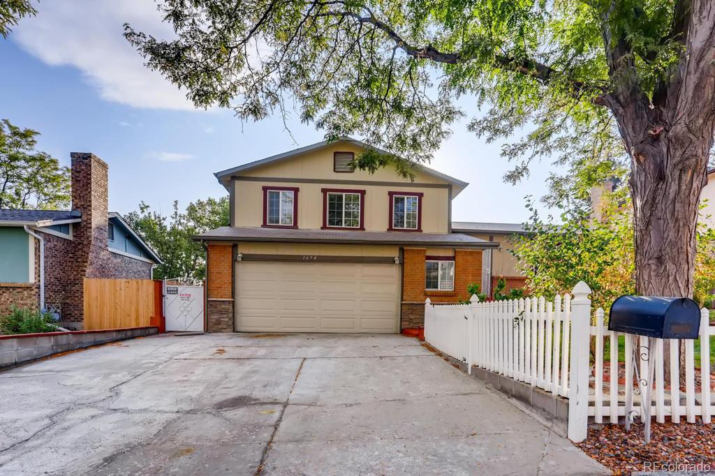 Photo of home for sale at 1654 Fairplay Street S, Aurora CO
