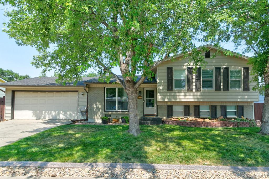 Photo of home for sale at 4452 Beech Way S, Morrison CO