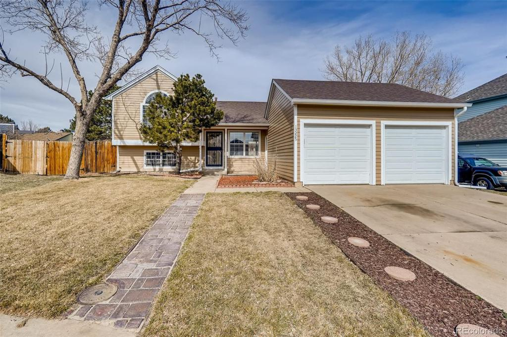 Photo of home for sale at 13225 63rd Circle W, Arvada CO