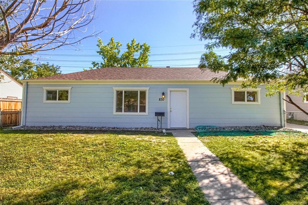 Photo of home for sale at 830 Zion Street, Aurora CO
