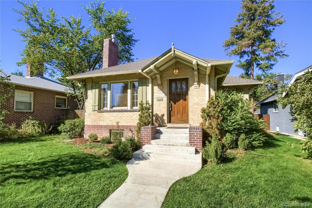 Photo of home for sale at 2577 Bellaire Street, Denver CO