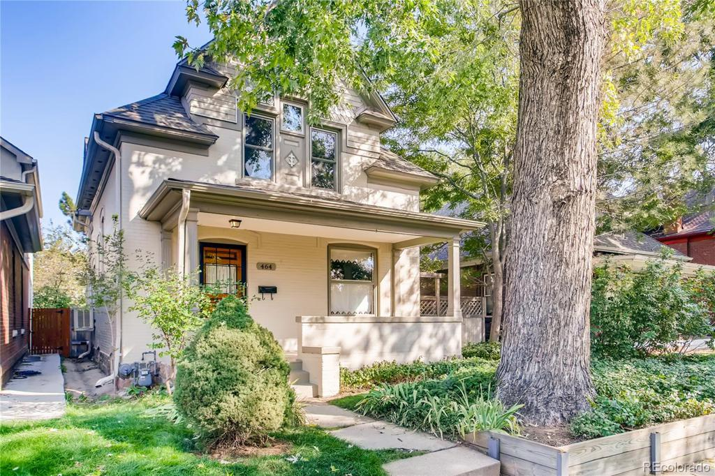 Photo of home for sale at 464 Logan Street S, Denver CO
