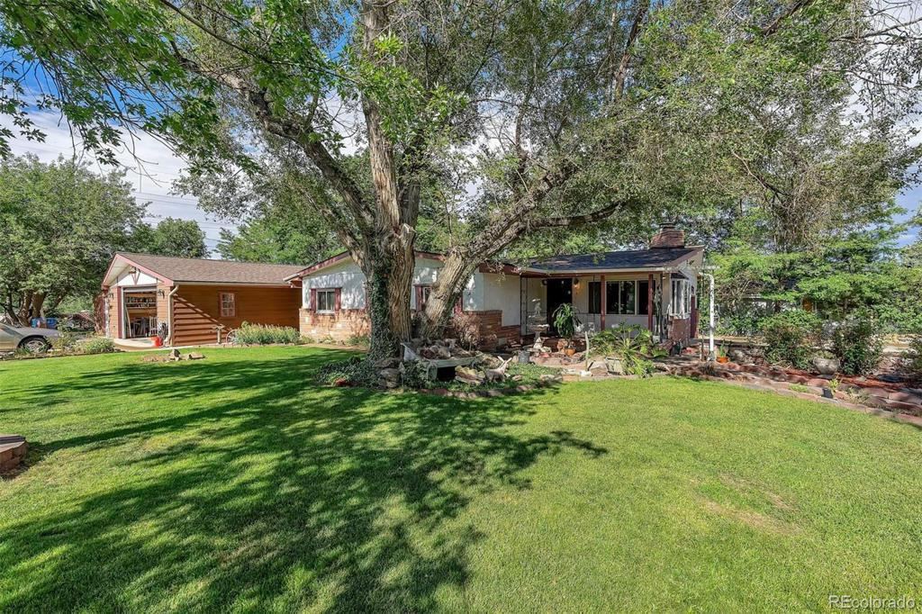 Photo of home for sale at 9895 9th Avenue W, Lakewood CO