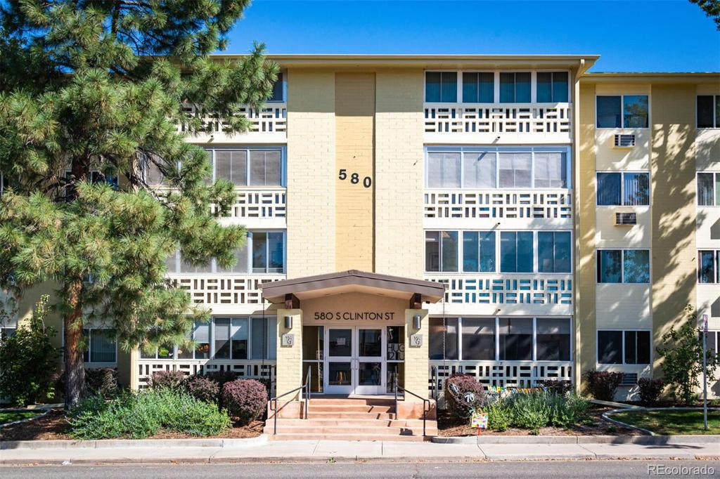 Photo of home for sale at 580 Clinton Street S, Denver CO