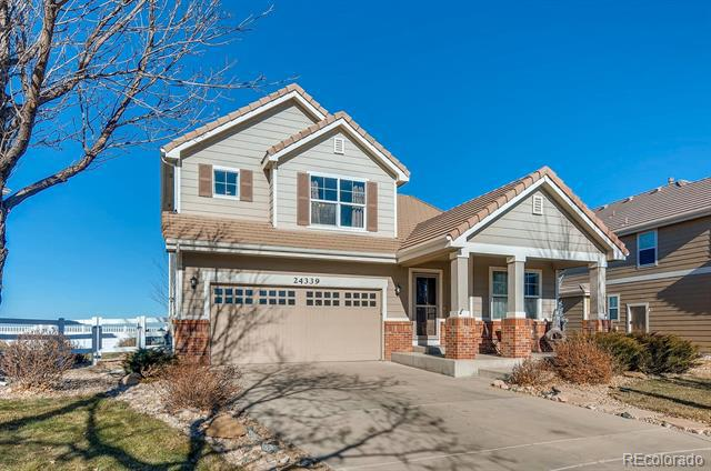 Photo of home for sale at 24339 Kansas Circle E, Aurora CO