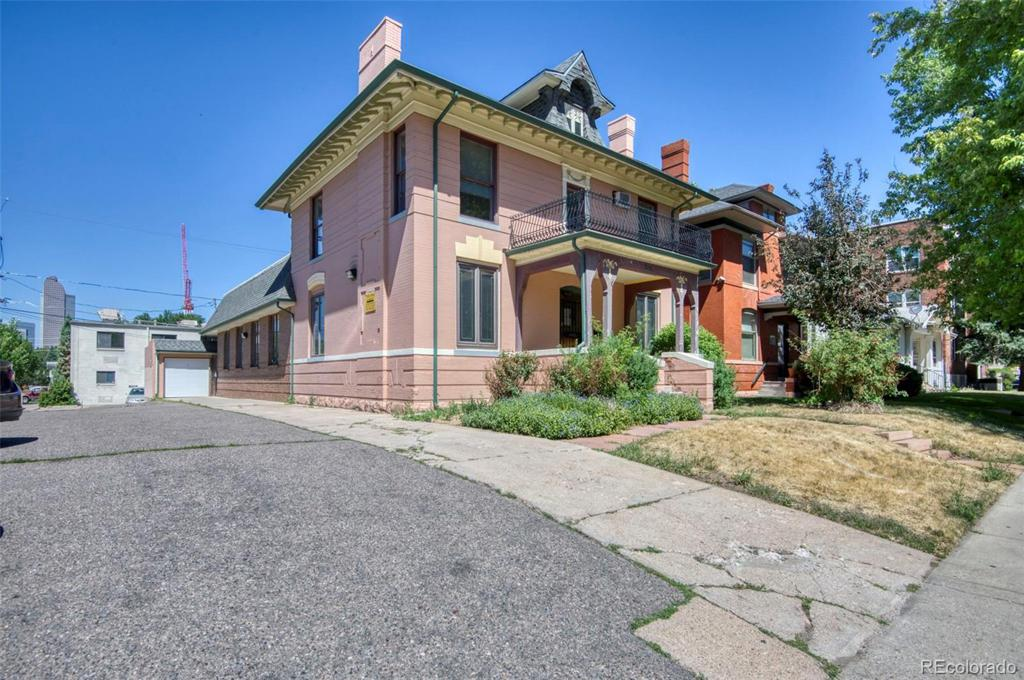 Photo of home for sale at 1751 Franklin Street N, Denver CO