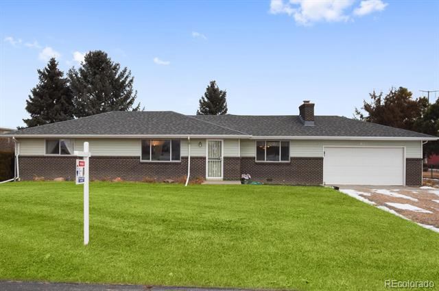 Photo of home for sale at 13550 Elmore Road, Longmont CO