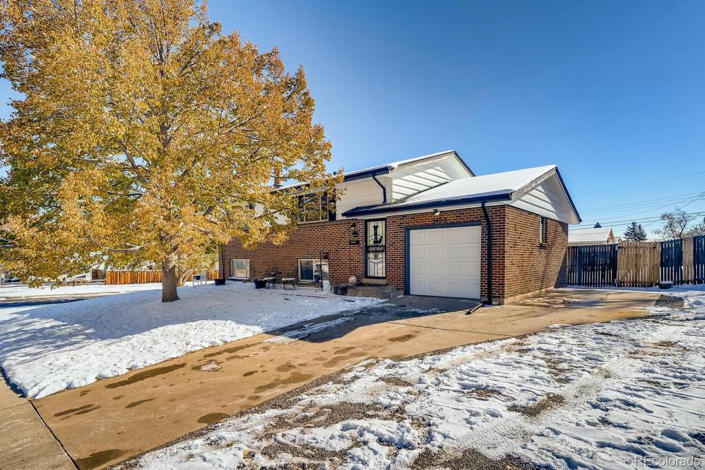 Photo of home for sale at 5104 Osceola Street S, Littleton CO