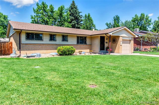 Photo of home for sale at 2857 Joslin Court South, Denver CO