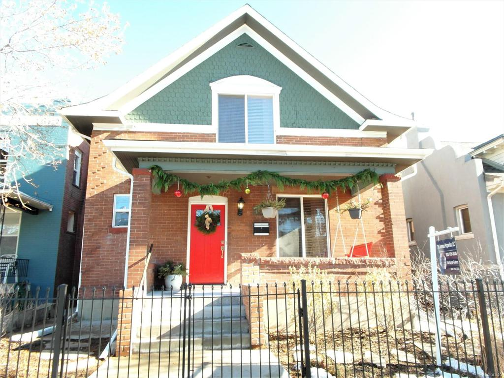 Photo of home for sale at 476 Lincoln Street S, Denver CO