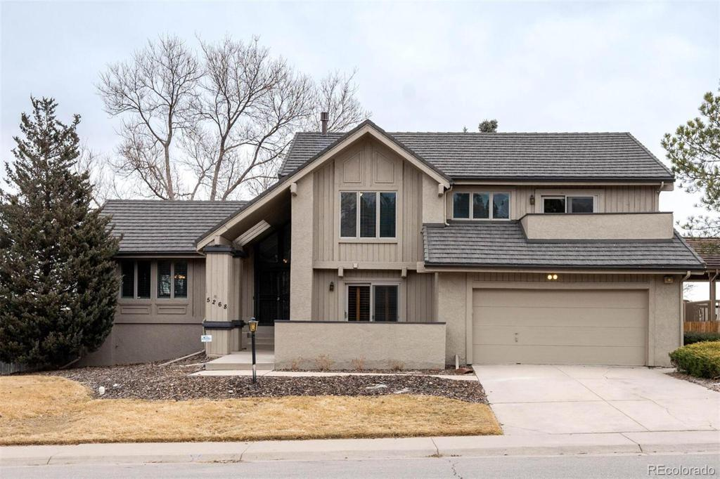 Photo of home for sale at 5268 Kenton Way S, Englewood CO