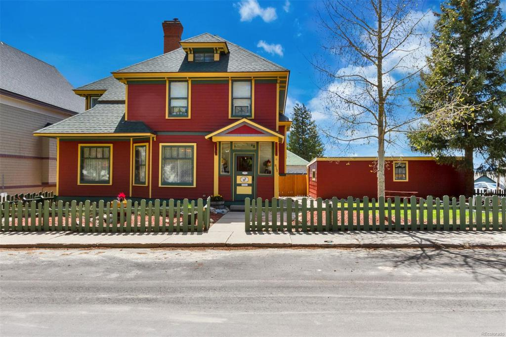 Photo of home for sale at 815 Spruce Street, Leadville CO
