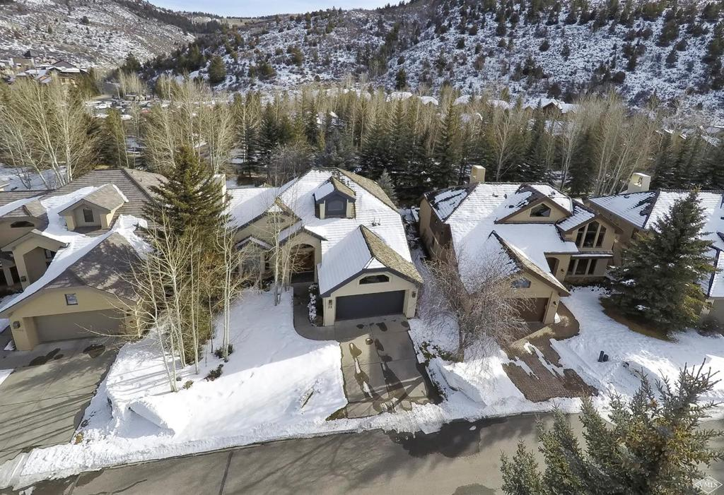Photo of home for sale at 36 Ambleside Place, Edwards CO