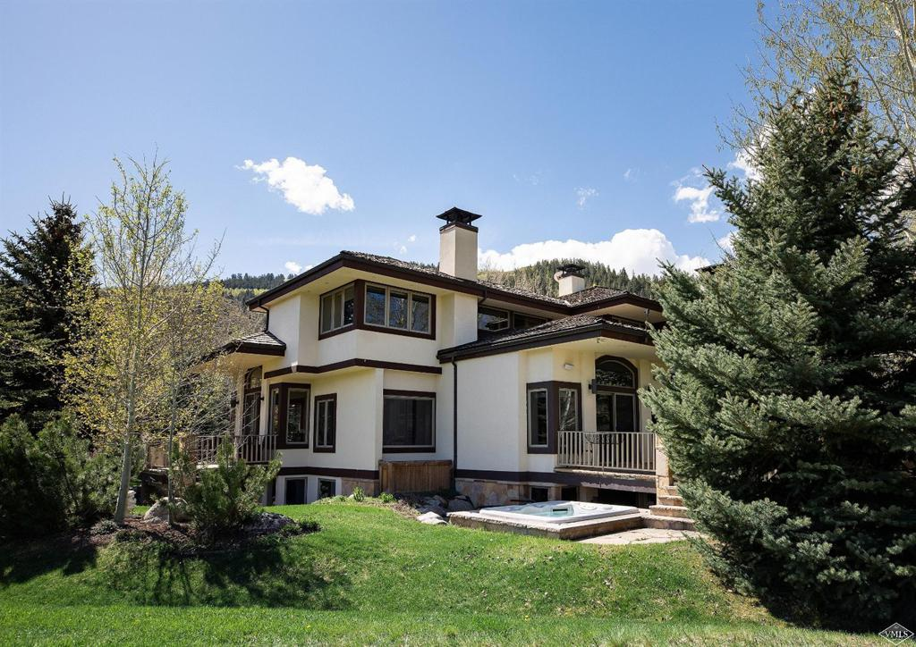 Photo of home for sale at 80 Gleneagle Court, Edwards CO
