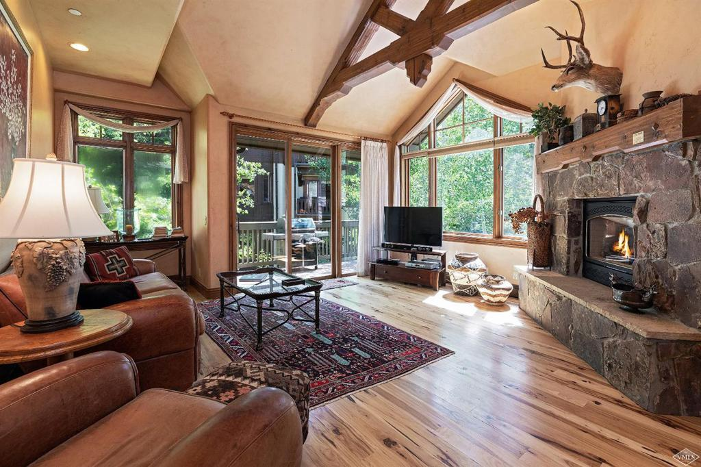 Photo of home for sale at 54 Cresta Road, Edwards CO