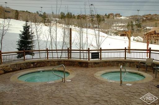 Photo of home for sale at 180 Daybreak Ridge, Beaver Creek CO