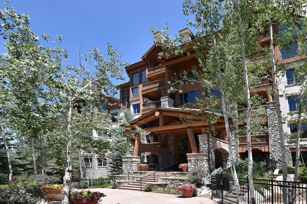 Photo of home for sale at 51 Offerson Road, Beaver Creek CO