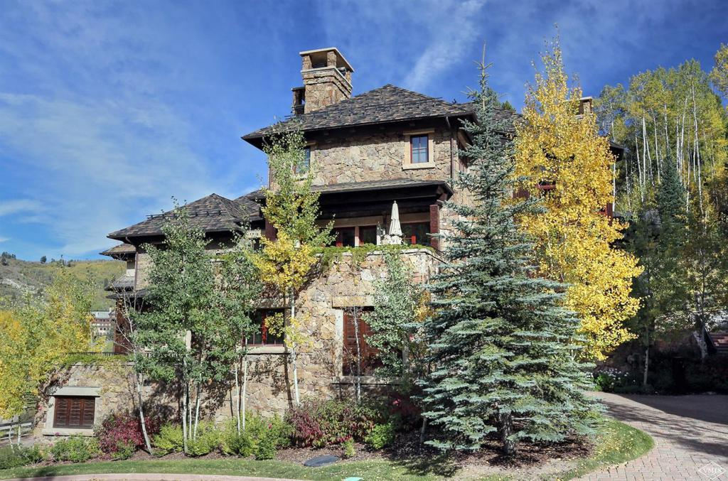 Photo of home for sale at 46 Village Walk, Beaver Creek CO