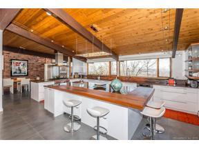 Property for sale at 50 Forest Hills Drive, Farmington,  Connecticut 06032