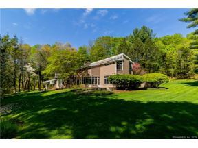 Property for sale at 5 Stonebridge Lane, West Hartford,  Connecticut 06107