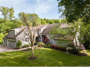 Property for sale at 8 Hatters Lane, Farmington,  Connecticut 06032