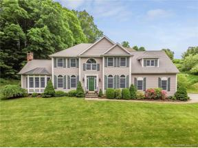 Property for sale at 10 Rabbit Lane, Brookfield,  Connecticut 06804