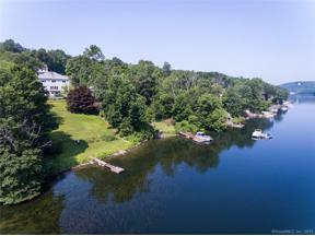 Property for sale at 10 Lillinonah Drive, Brookfield,  Connecticut 06804