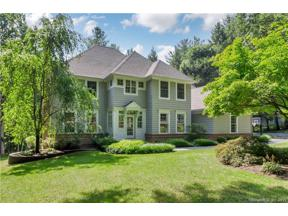 Property for sale at 8 Aspenwood Drive, Simsbury,  Connecticut 06089