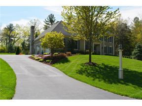 Property for sale at 17 Bridgehampton Crossing, Farmington,  Connecticut 06085