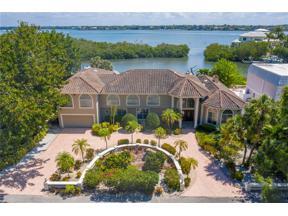 Property for sale at 1366 Roberts Bay Lane, Sarasota,  Florida 34242