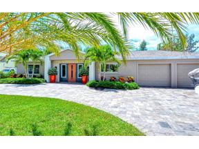 Property for sale at 620 Buttonwood Drive, Longboat Key,  Florida 34228