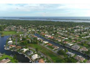 Property for sale at 320 Oakwood Circle, Englewood,  Florida 34223