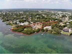 Property for sale at 1421 Bayshore Road, Nokomis,  Florida 34275