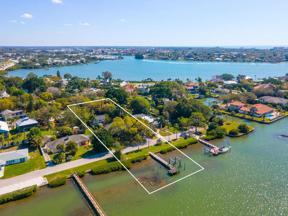 Property for sale at 115 Sunset Drive, Nokomis,  Florida 34275