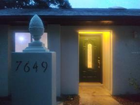 Property for sale at 7649 Timber River Circle, Orlando,  Florida 32807
