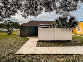 Property for sale at 201 Dorchester Square, Lake Mary,  Florida 32746